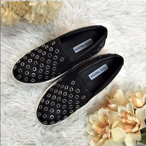e13d58635a5 🌟NWT🌟Steve Madden belit Slip On platform sneaker NWT